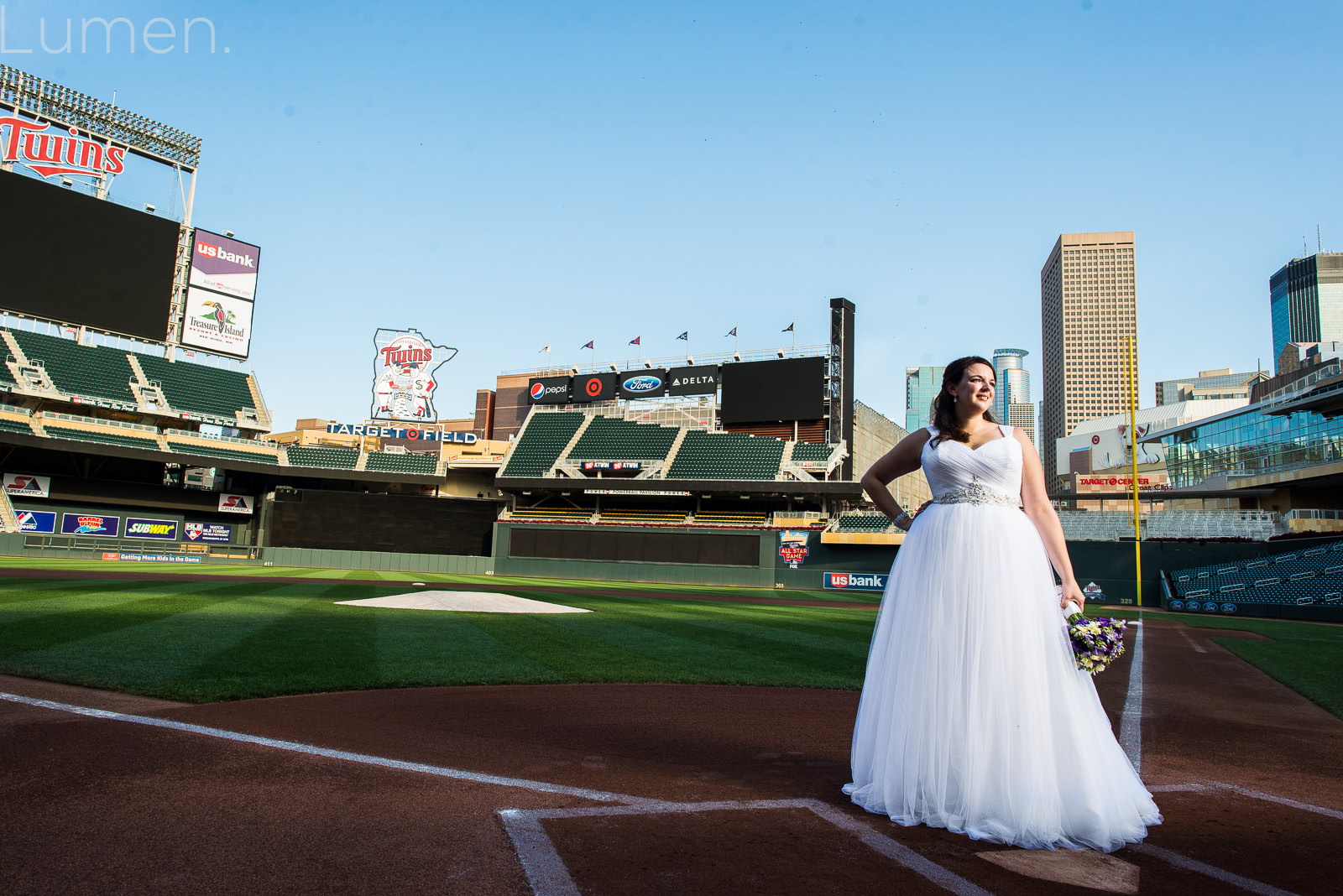 Target Field Wedding Photography Minnesota Twins Baseball Minneapoilis Lumen
