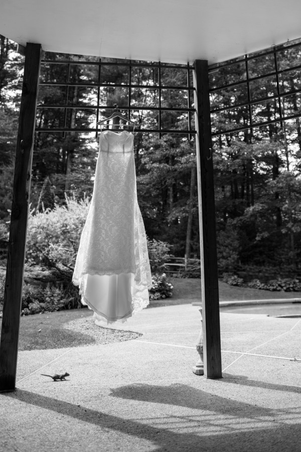 Creative Wedding Dress Photo
